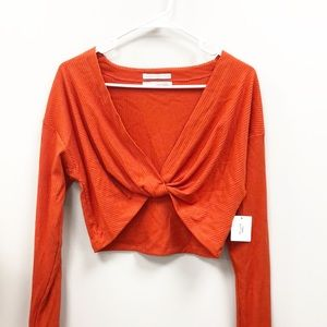 BNWT Urban Outfitters twisted crop top L